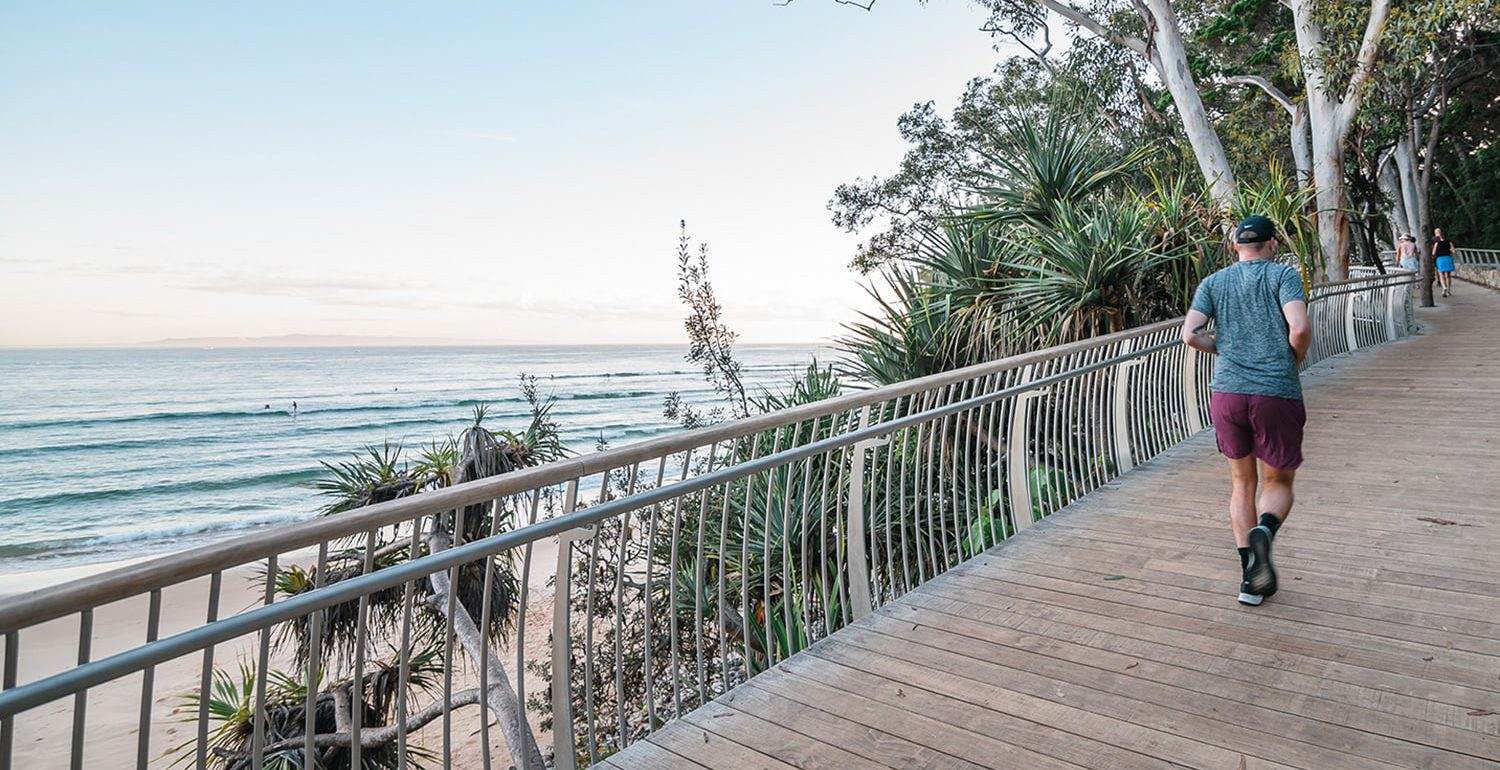 footpoint-noosa-podiatry-walking-hiking-boardwalk-ocean | Footpoint Podiatry